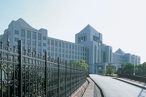 大阪工業大学/大学トップ|Bene...