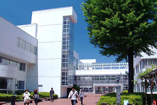 金沢 駅 から 金沢 学院 大学
