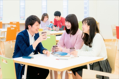 まるで「学問の百科事典」!日本大学の「進学ガイド」を読み解こう!